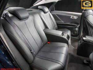 نمای صندلی عقب خودروی هیدروژنی تویوتا-میرای
