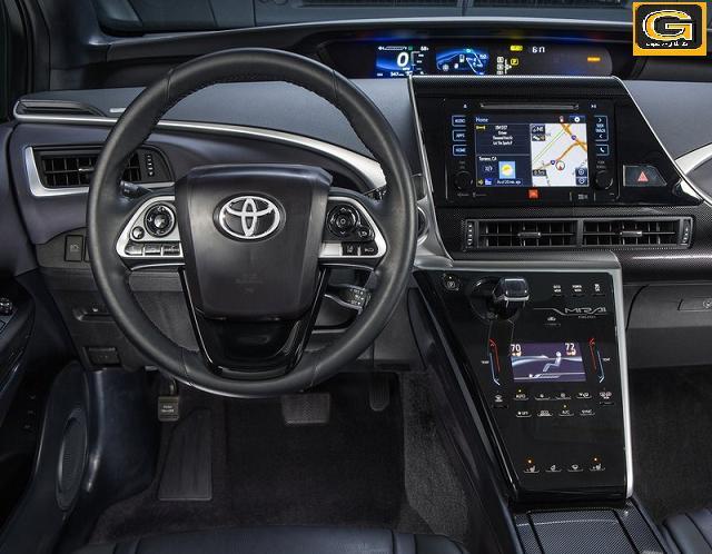 Toyota-Mirai_2016_into