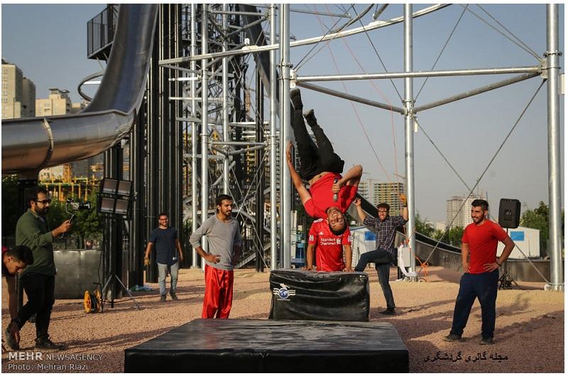 گالری گردشگری - افتتاح برج هیجان در دریاچه چیتگر